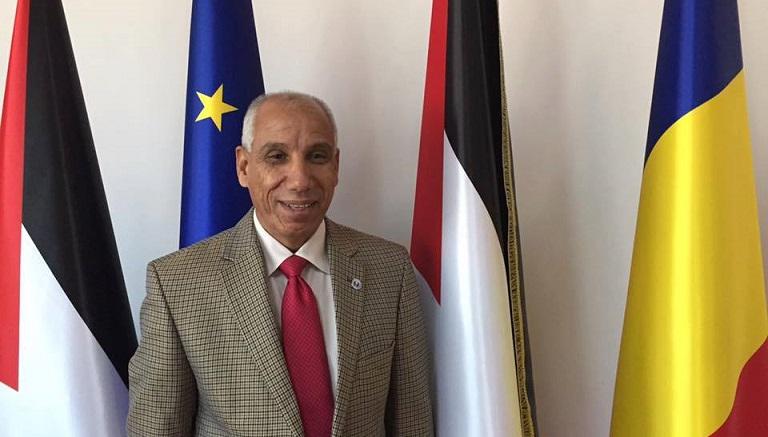 الدكتور محمد عياش يدعم مبادرة جبهة النضال بتغطية مخصصات الأسرى وعائلات الشهداء