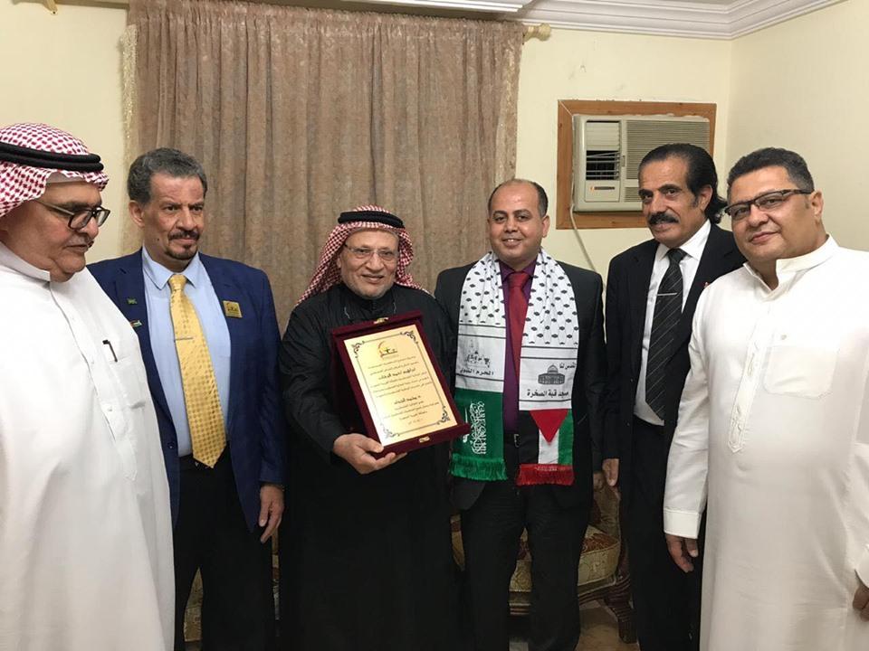 تجمع الشخصيات المستقلة في السعودية تكرم الشاعر ابراهيم فرحات