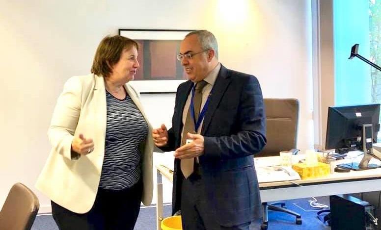 الفرا يلتقي ممثل الاتحاد الاوروبي لعملية السلام في الشرق الأوسط