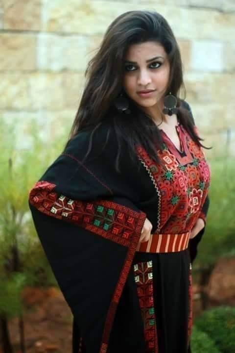 الثوب الفلسطيني اصالة وحضارة . تراثنا هويتنا