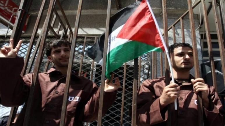ستة أسرى يواصلون إضرابهم المفتوح عن الطعام رفضا لاعتقالهم الإداري،، متابعة : شوقى الفرا