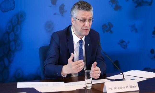 رئيس قسم الأمراض المعدية الألماني يتلقى تهديدات بالقتل ،، متابعة : شوقى الفرا