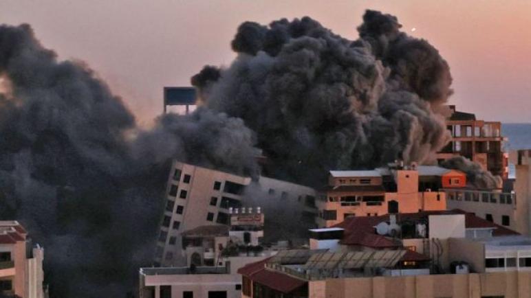 جديد: «هيومن رايتس» تتهم إسرائيل بارتكاب جرائم حرب خلال عدوانها الأخيرعلى غزة ،، متابعة د. شوقى الفرا