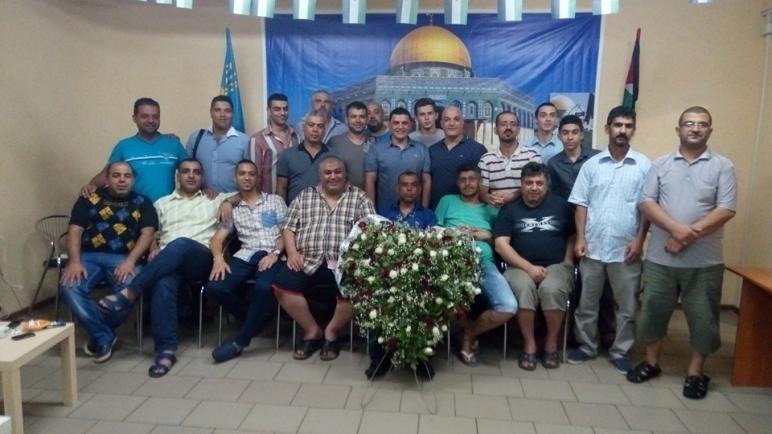 الجالية الفلسطينية في خاركوف تحتفي بالدبلوماسي الفلسطيني د. مهنا بمناسبة انتهاء مهامه في أوكرانيا