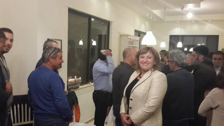 بتهم الفساد والرشوى والإحتيال وتهم أخرى..السجن 10 سنوات لنائبة وزير الداخلية الإسرائيلي السابقة