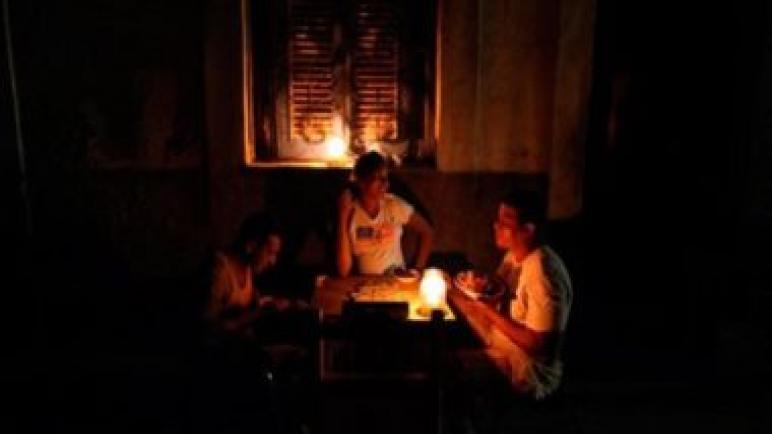 انقطاع الكهرباء عن مئات الآلاف فى إسبانيا بسبب حريق بغابات فرنسا