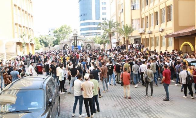"""غزة : مركز حقوقي يكشف تفاصيل """"حظرشرطة حماس الكوفية""""والاعتداء بالضرب على طلبة جامعة الازهر، متابعة : شوقى الفرا"""