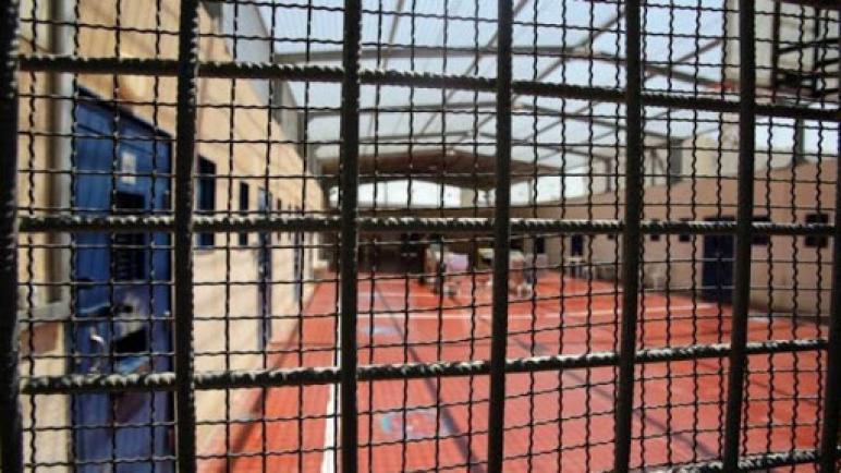 """""""هيئة الأسرى"""": تصاعد الجرائم الإسرائيلية الطبية واستمرار نهج الإهمال المتعمد بحق الأسرى"""