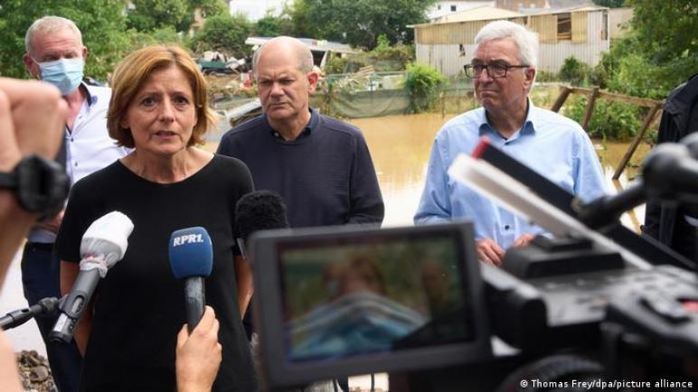 رغم كارثة الفيضانات المدمرة – ساسة ألمانيا منقسمون حول حماية المناخ
