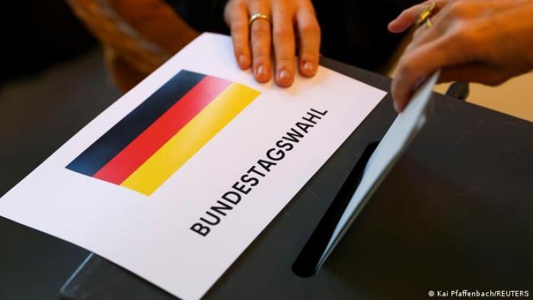 """ألمانيا تنتخب """"توقع مفاجآت""""،، مراكز الاقتراع تستقبل الناخبين تمهيدا لحقبة ما بعد ميركل ،، متابعة : شوقى الفرا"""