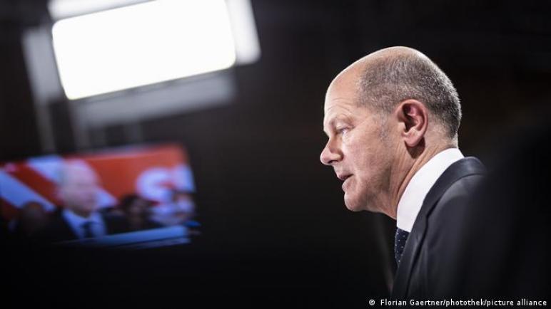 ألمانيا: فوز غير حاسم.. شولتس والطريق الصعب لخلافة ميركل ،، متابعة : شوقى الفرا