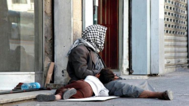 الشحاتين اللي ع مفترق السرايا و مفترق العائلات… كتبت منارة جندية
