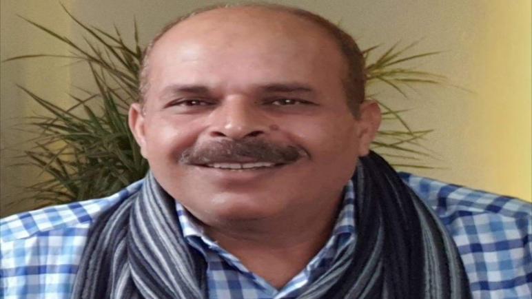 باقةُ النَّردِين،،،، الشاعر الدكتور محمد الاسطل