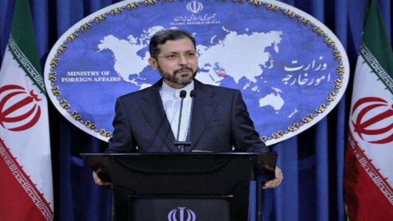 اسرائيل تؤكد أن معلوماتها تفيد بتورط إيران.. طهران: لم نستهدف السفينة الإسرائيلية